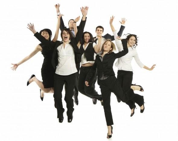 empleados-saltando