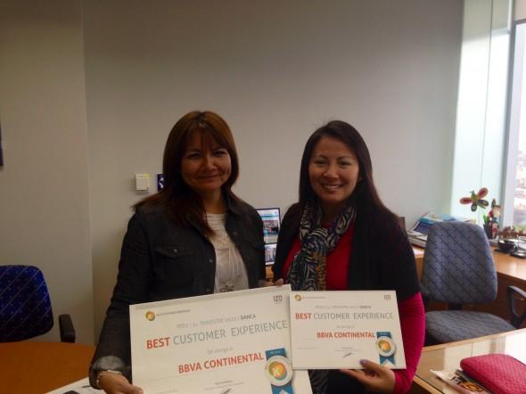 Nancy Figueroa, Gerente de Customer Experience (izquierda) y Claudia Ganoza, Responsable de Calidad en BBVA Continental