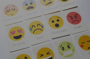emociones emoticonos