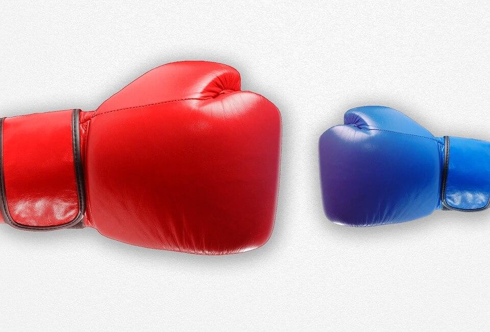 guantes-boxeo-azul-rojo