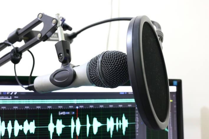 podcast-microfono